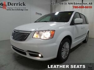 2016 Chrysler Town  Country Used Touring-L Leather Sts $152 B/W