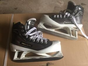 Bauer One100 goalie skates size 3.5 with StepSteel