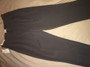 Brand New with Tags Aritzia Babaton Cohen Pants Size 0