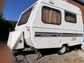 Microlite Sunseeker caravan