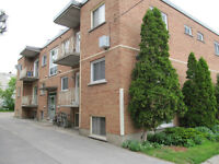 1-bedroom apt close downtown Kingston (59 Stanley St)