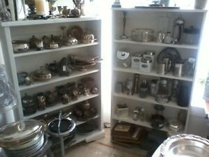 RURAL ROOTS DECOR SHOP: A Variety of silver, aluminum pyrex ware