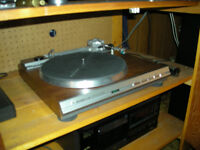 Awesome turntable.