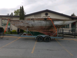 *REDUCED*        30' Mid-century Wooden Sailboat