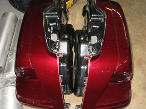 2005 honda gl-1800 goldwing sadlebags