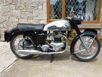 Classic Motorycycle - 1959 Norton Dominator 600cc
