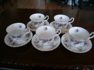 FIVE ROYAL ALBERT LAVENDER ROSE CUP AND SAUCER SETS