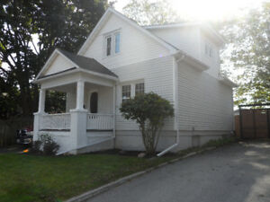 CHARMING 3 BDRM DETACHED HOME FOR RENT