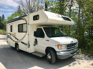 1999 Ford Tioga Class C  Motorhome *22 ft*