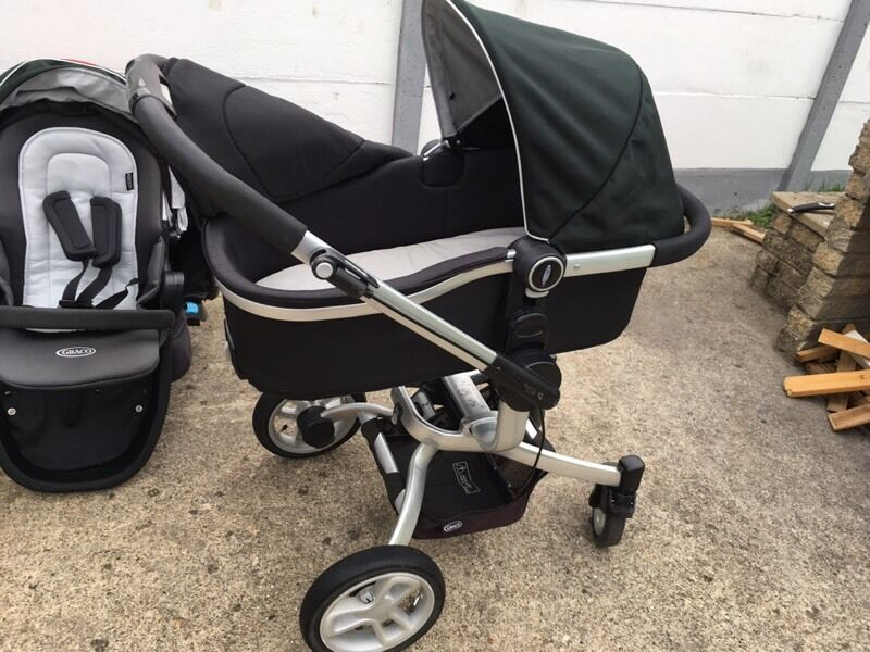 Graco Sumbio travel system