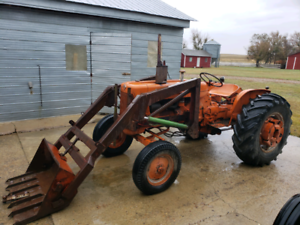Allis Chalmers D14 Tractor
