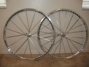 new Neuvation R28 aero 2 road bike 700c wheel set front & rear