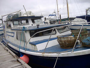 30 Double Eagle Diesel Fishing Cruiser