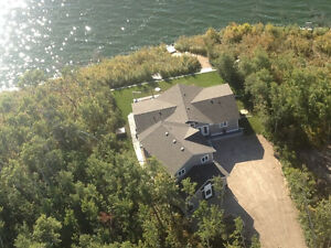 SASKATCHEWAN LAKEFRONT HOME TRIPLE CAR GARAGE ST BRIEUX LAKE