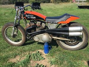 1075 Vintage XR 750 flat track factory race bike
