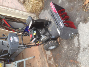 riggs & Stratton 208cc 24-in Two-Stage Gas Snow Blower