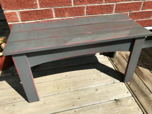 Canadian-made Rustic Pine Chalet Bench