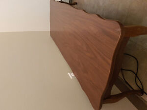 Coffee table +2 end tables