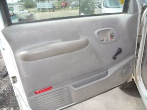1998 Chevrolet 3500 HD Moose Jaw Regina Area image 3