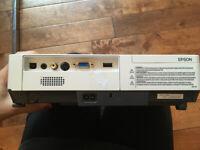 Projecteur de Bureau (powerpoint - excel) à LOUER Projector Rent