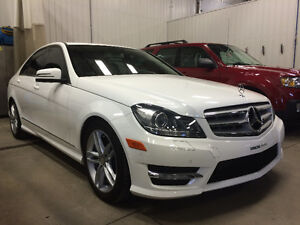 2013 Mercedes-Benz 300-Series c300 4matic Berline