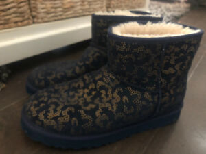 Authentic  women's Ugg boots ~ size 10