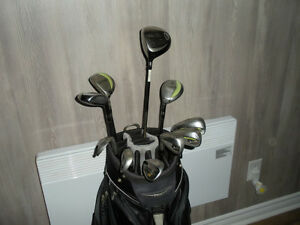 Golf clubs + Golf bag / Ensemble de golf + sac
