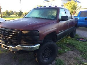2003 gmc 6L 2500hd gas