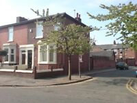 Large 3 bedroom Victorian end-terrace, new paint throughout, double garage and 20ft family kitchen