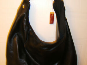 BLACK PLEATHER HANDBAG   NEW Kingston Kingston Area image 5