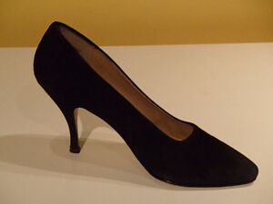 """Classic Black Suede Shoes, 4 """" Heel, Size 8 1/2 N"""