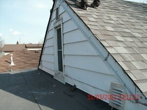 ROOF SPECIALIST SHINGLE & FLATS REPAIRS STARTIG & 150 Windsor Region Ontario image 4