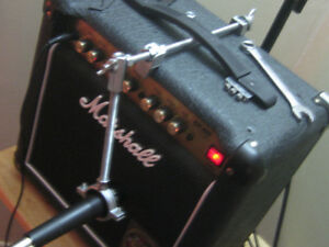 SM57 microphone / amp clamp
