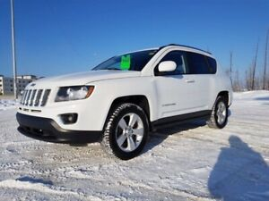 2016 Jeep Compass Sport- LEATHER, NAV, SUNROOF, REMOTE START!!