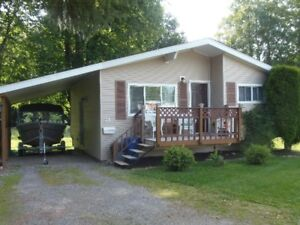 2 Bedroom  house for rent in Thornhill