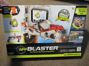 APPfinity AppBlaster for IPhone/IPod Touch - NEW in Box - $19.00