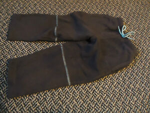 Boys Size 4 Navy Fleece joggers With Baby Blue Stitching