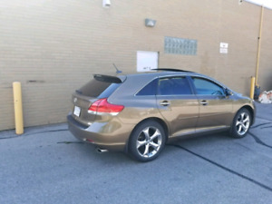 Toyota Venza AWD Xle Leather Package