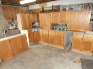 Oak Kitchen Cupboards Cabinets with Counter Top