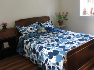 FURNISHED ROOM AVAILABLE IN WHITE ROCK/S. SURREY