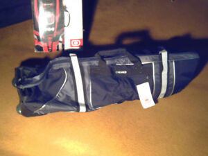 GOLF TRAVEL BAG   (  never  used  )