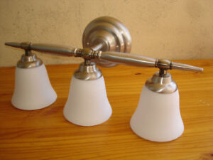 FROSTED GLASS TULIP SHADE WALL SCONCE--