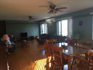 Shediac waterfront cottage for weekly rental