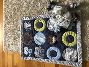 Zoo theme baby bedding and mobile