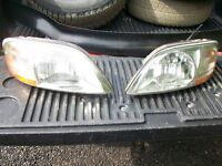 1999 to 2003 ford windstar headlights nice & clear