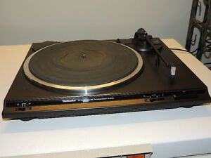 Technics SL-BD24 Semi-Auto DC servo Turntable w/New Belt