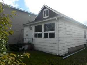 4 bedroom house for rent in Transcona - $1295