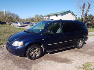 2004 Dodge Caravan Anniversary edition Minivan, Van