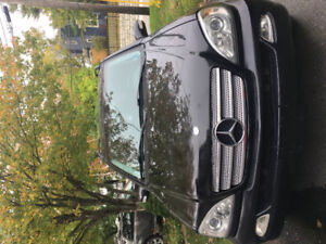 Mercedes Benz 2003 inspiration, 134800 km , $5400