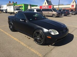 320SLK FULLY LOADED/MINT CONDITION